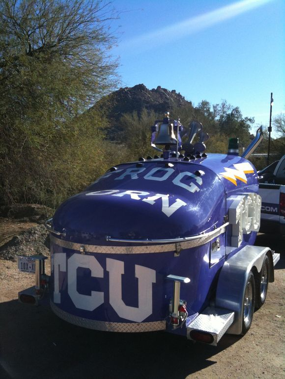 TCU fans blasting the Frog Horn
