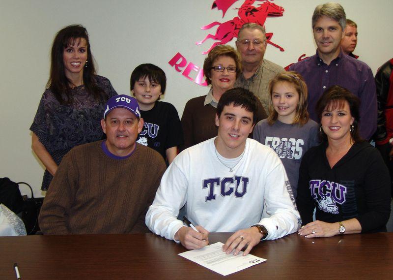 Blake+family+signing[3]